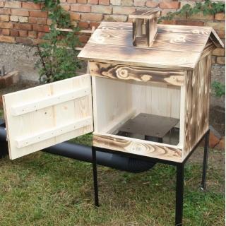 Wędzarnia ogrodowa drewniana - 50 x 50 x 50 cm - opalana - bez paleniska - ZESTAW