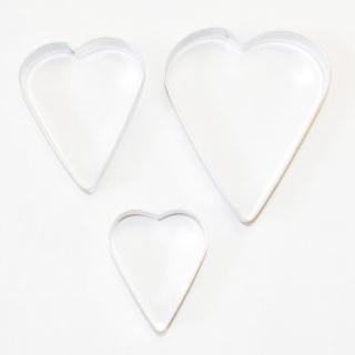 Komplet trzech wykrawaczek do ciastek, foremek różnych wielkości - serca